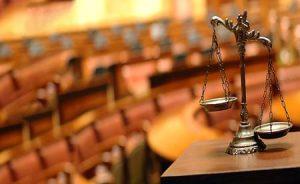 در حقوق ایران، چه در امور کیفری و چه در امور حقوقی قاعده ای به نام اعتبار امر مختومه وجود دارد.